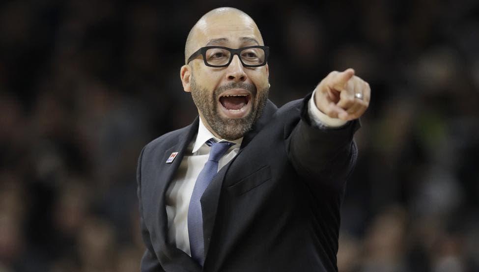 Entrenador de los Memphis deberá pagar 30.000 dólares por criticar árbitros