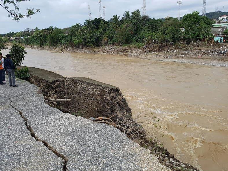 MOPC cierra provisionalmente entrada a San Cristóbal por  autopista 6 de Noviembre en dirección Sur -Este