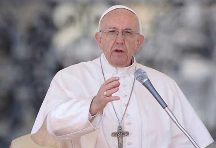 El Papa Francisco tacha de «masacre inaceptable» el ataque en Siria