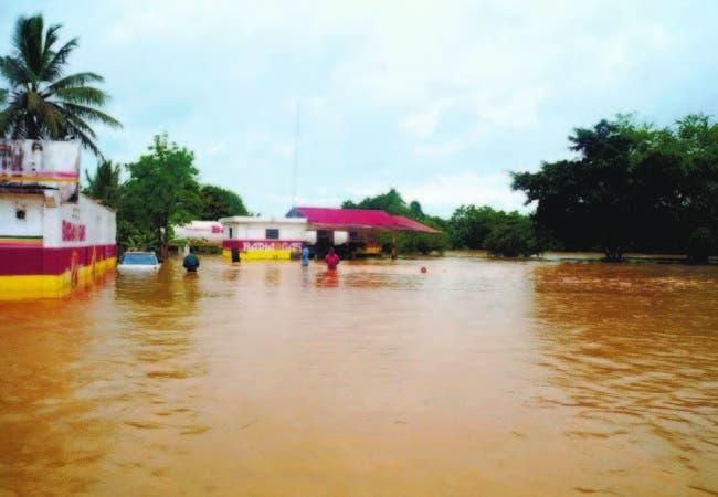 Suben a 14.796 los desplazados en República Dominicana por intensas lluvias