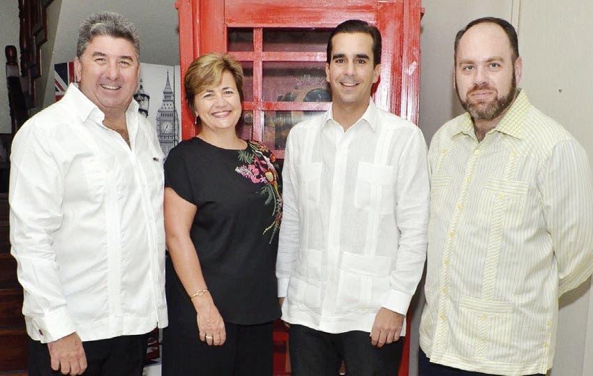 Embajador británico ofrece coctel en honor a Daniel Dalet
