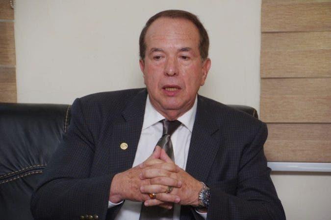 El presidente de la CC, licenciado Hugo Álvarez Pérez.