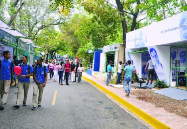 Poca asistencia en primer día a XX Feria Internacional del Libro