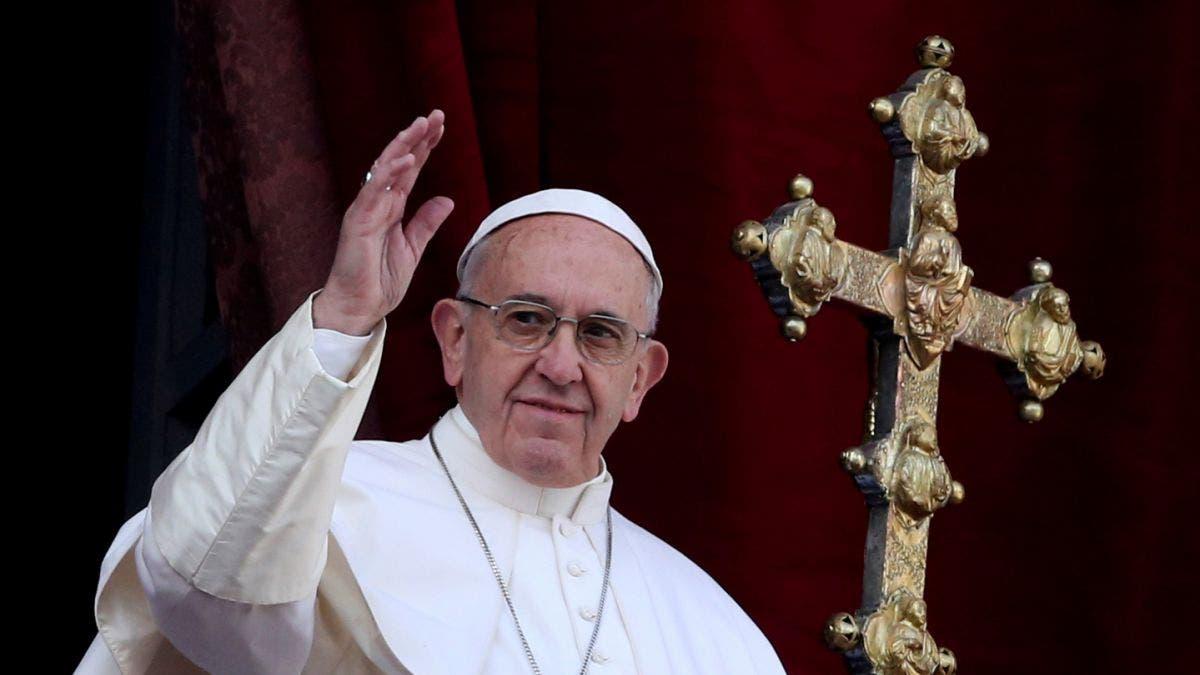 En su mensaje de Pascua, el Papa pide aferrarse a la fe ante las guerras y el odio