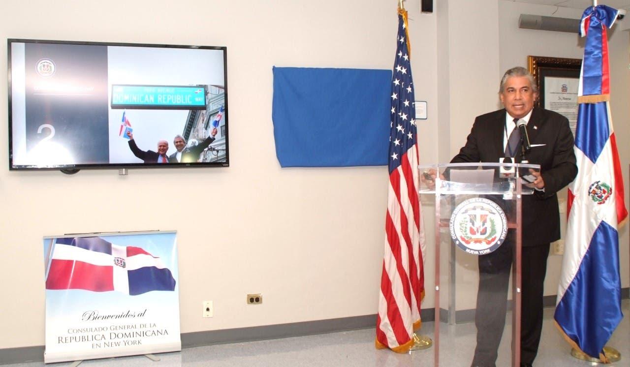 El cónsul Castillo ofrece informe de los primeros seis meses de gestión