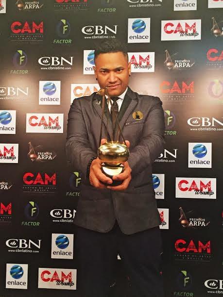 "Henry G recibe premio Arpa de México por su disco ""Quantum"""