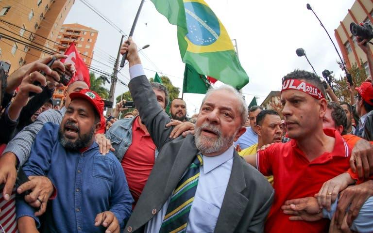 "Lula denuncia ""farsa"" judicial en interrogatorio"