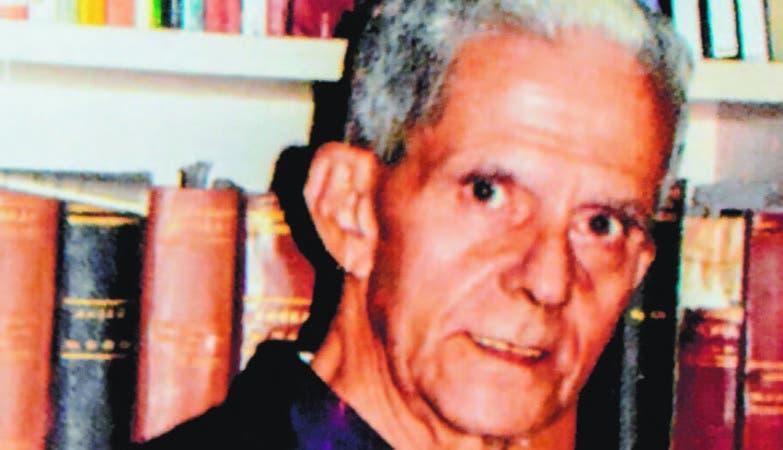 Fallece el periodista Santiago Estrella Veloz, a sus 75 años