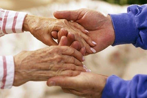 Más enfermos de alzhéimer mueren en sus domicilios