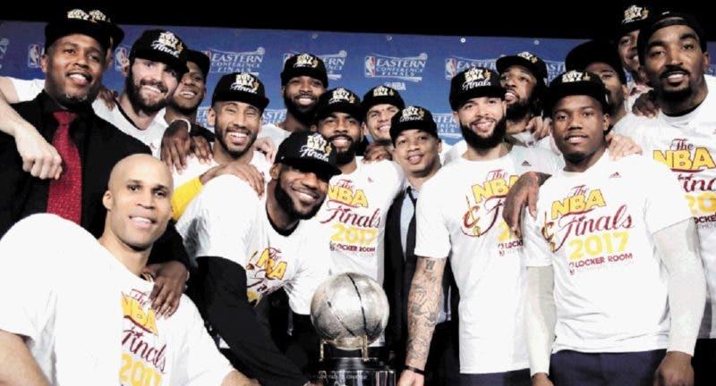 Cavaliers aniquilan a Celtics y van a la final de la NBA