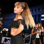 Ariana Grande .