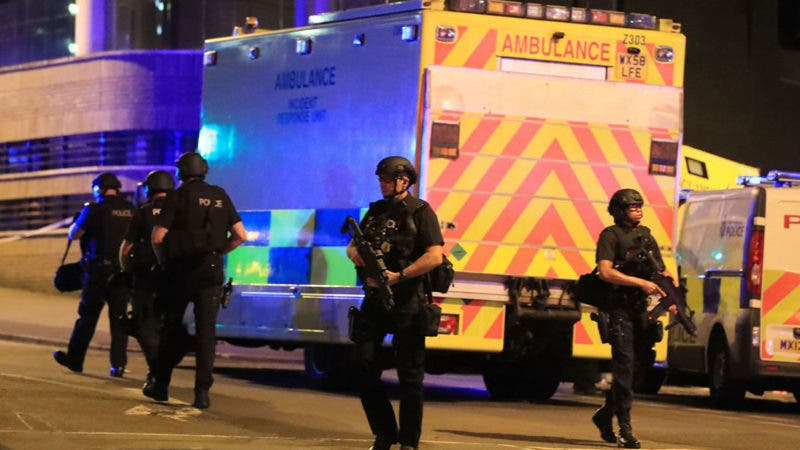 E! Latinoamérica transmitirá concierto de Ariana Grande dedicado a víctimas de ataque