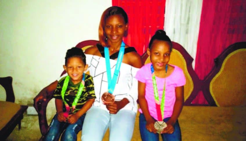 Beatriz Pirón Orgullosa de ser madre y atleta