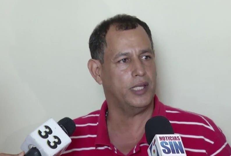 Comprés es interrogado en la PGR; insiste en acusar a Baret