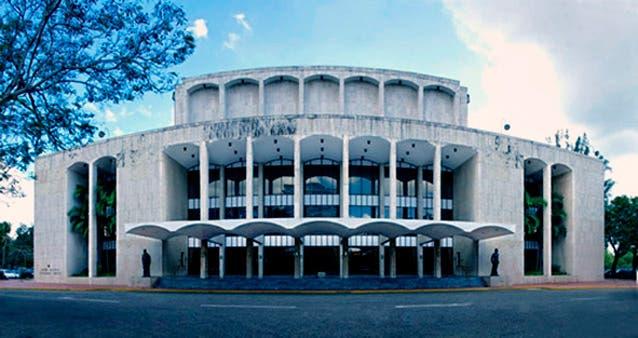 Ministerio de Cultura dice corregirá filtraciones en edificio del Gran Teatro del Cibao