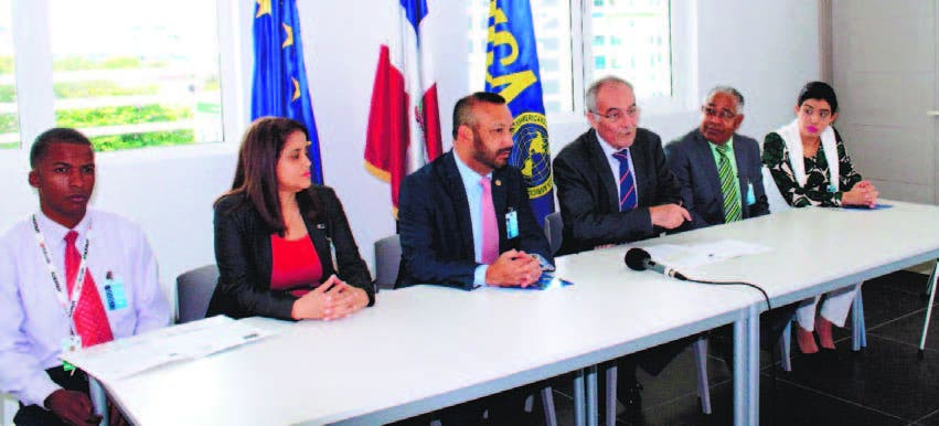 La UE y el IICA lanzan programa contra la roya del  café en el país