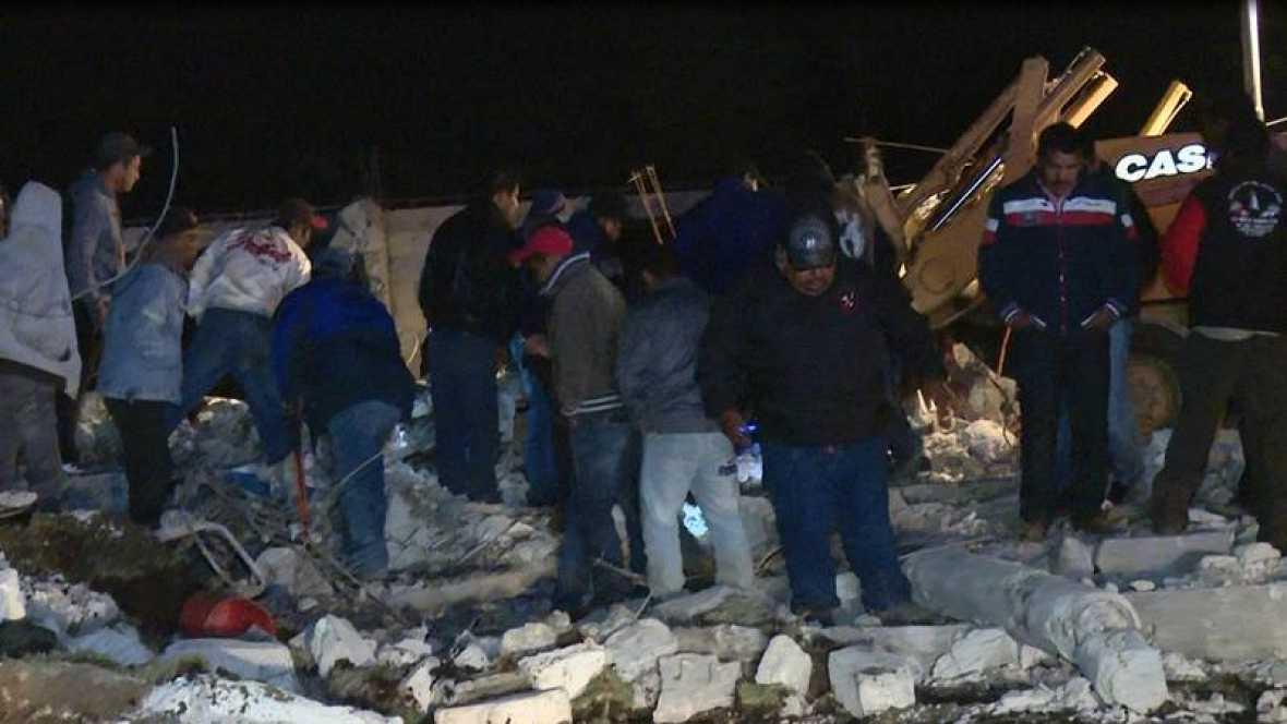 Al menos 14 muertos y 30 heridos al explotar un almacén de pirotecnia en México