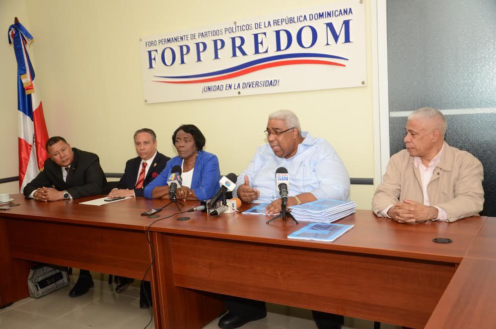 FOPPPREDOM advierte destrucción sistema de partidos