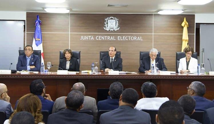 JCE anuncia fechas límites para publicación encuestas y actividades proselitistas
