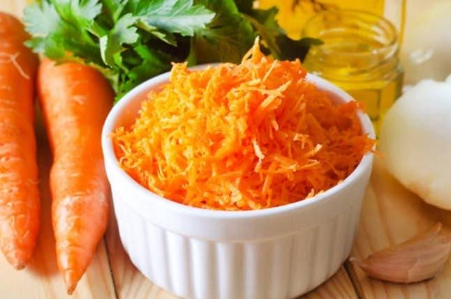 No conservar las zanahorias a temperatura ambiente porque se pueden deshidratar.
