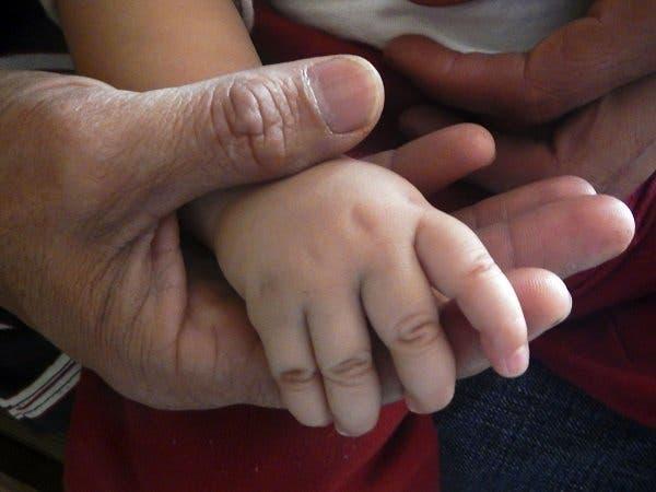 Paternidad tardía ¿Salud del bebé en juego?