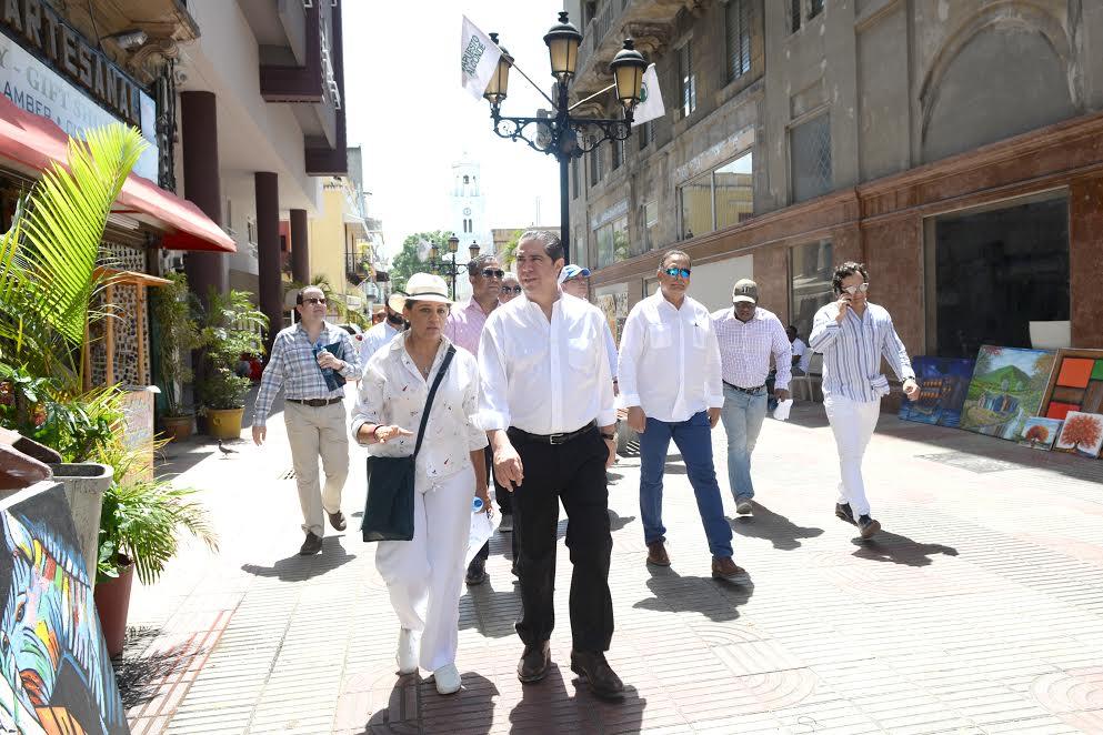 Ministro de Turismo dice Ciudad Colonial de Santo Domingo es un referente a nivel internacional