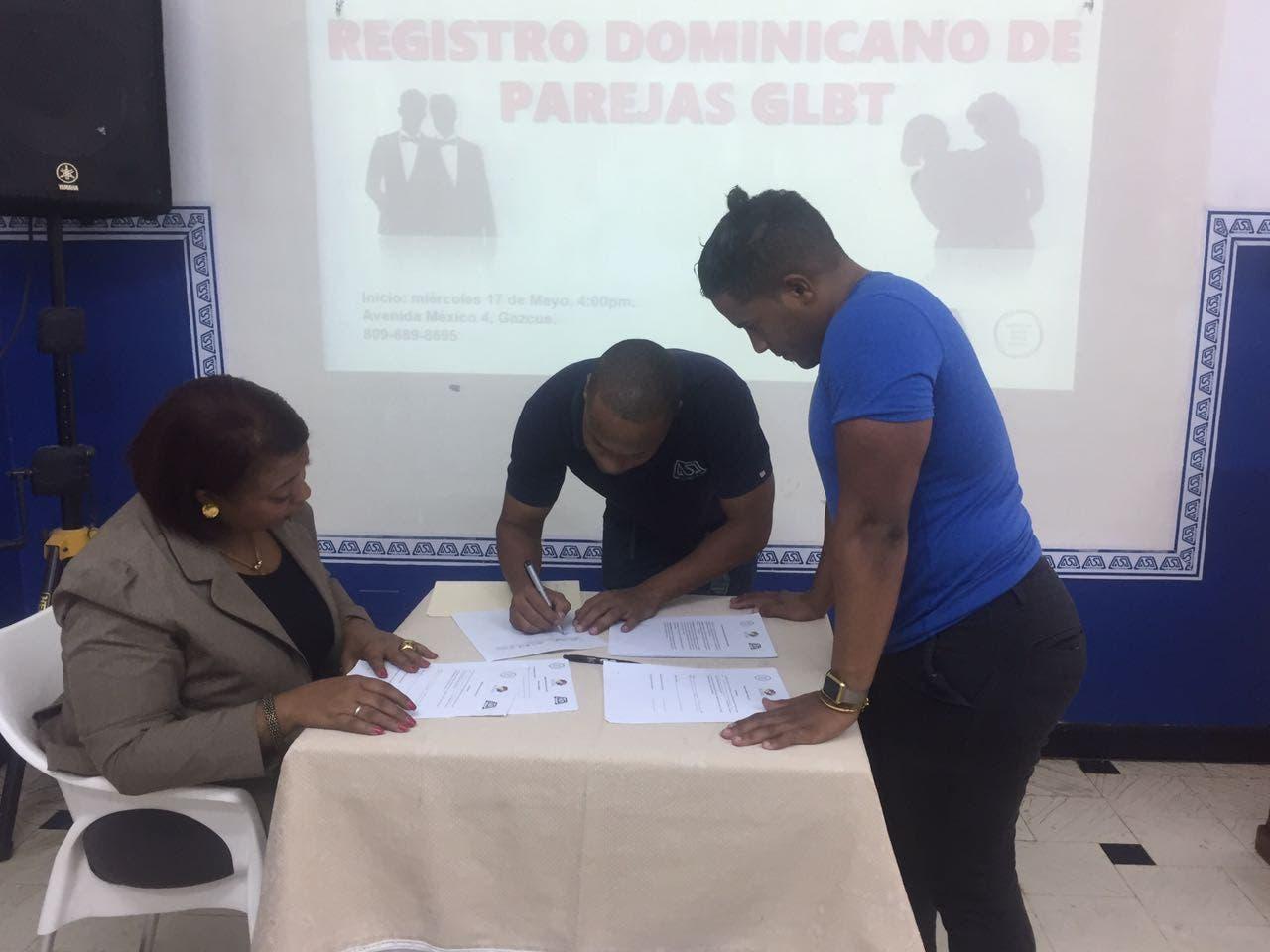 Sociedad civil inicia registro de parejas LGTB en República Dominicana