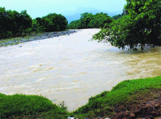 Indrhi ejecuta obras río Los Quemados