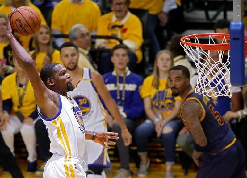 """James: """"La diferencia fue Durant y su defensa»"""