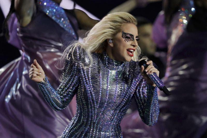 Lady Gaga elogia fin de semana del orgullo gay