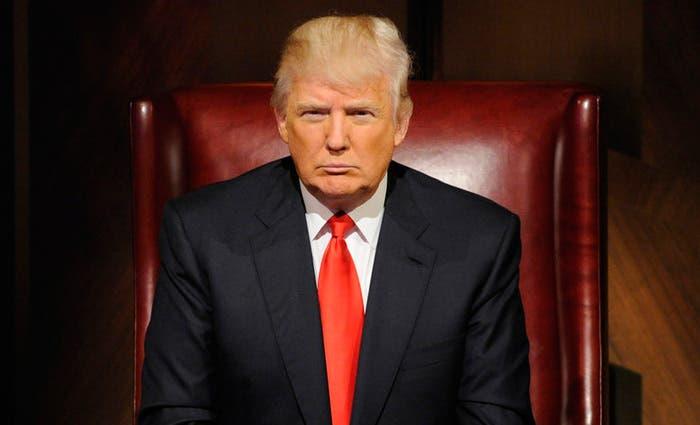 Trump duplica apuesta a favor de su decreto migratorio