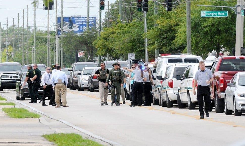 Seis muertos, incluido el atacante, en tiroteo en Orlando