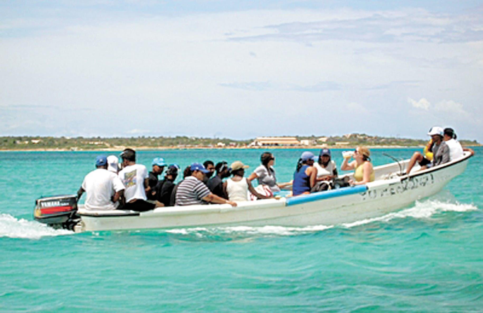 Detienen a 27 personas que viajaban ilegalmente a Puerto Rico