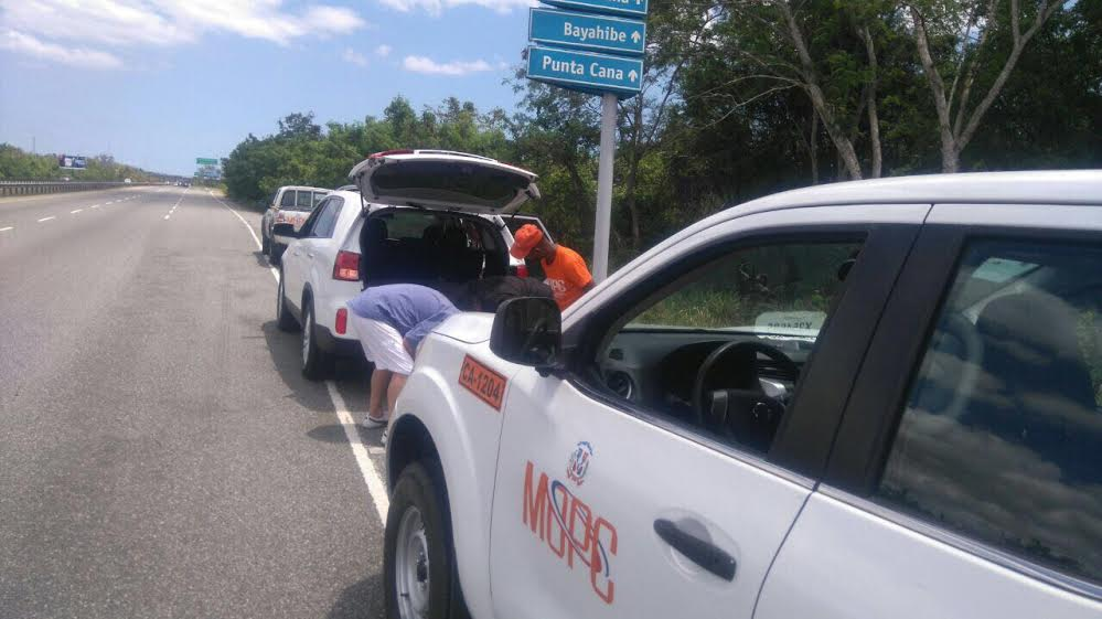 Obras Públicas refuerza asistencia vial en operativo Corpus Christi 2017