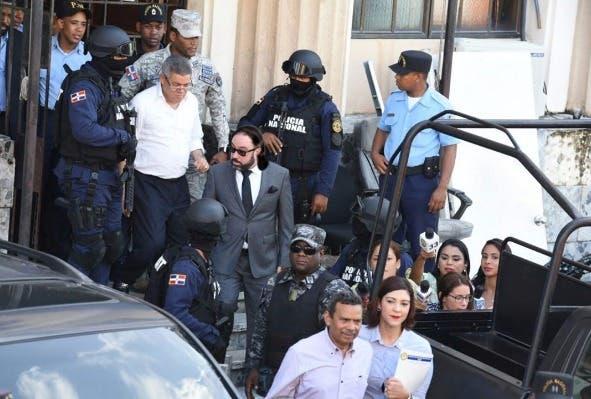 Trasladan a Radhamés Segura y Roberto Rodríguez para cumplir prisión domiciliaria