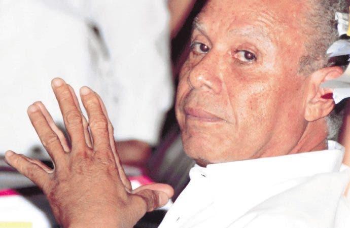 A pesar de las imputaciones del Ministerio Público, Angel Rondón niega que haya sobornado a funcionarios y legisladores. Fue enviado a Najayo por un año.