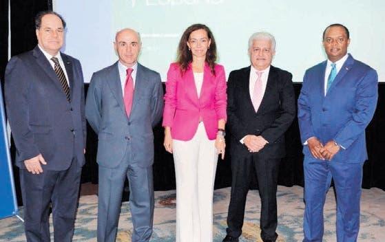 Hablan de oportunidades de negocio entre España y RD