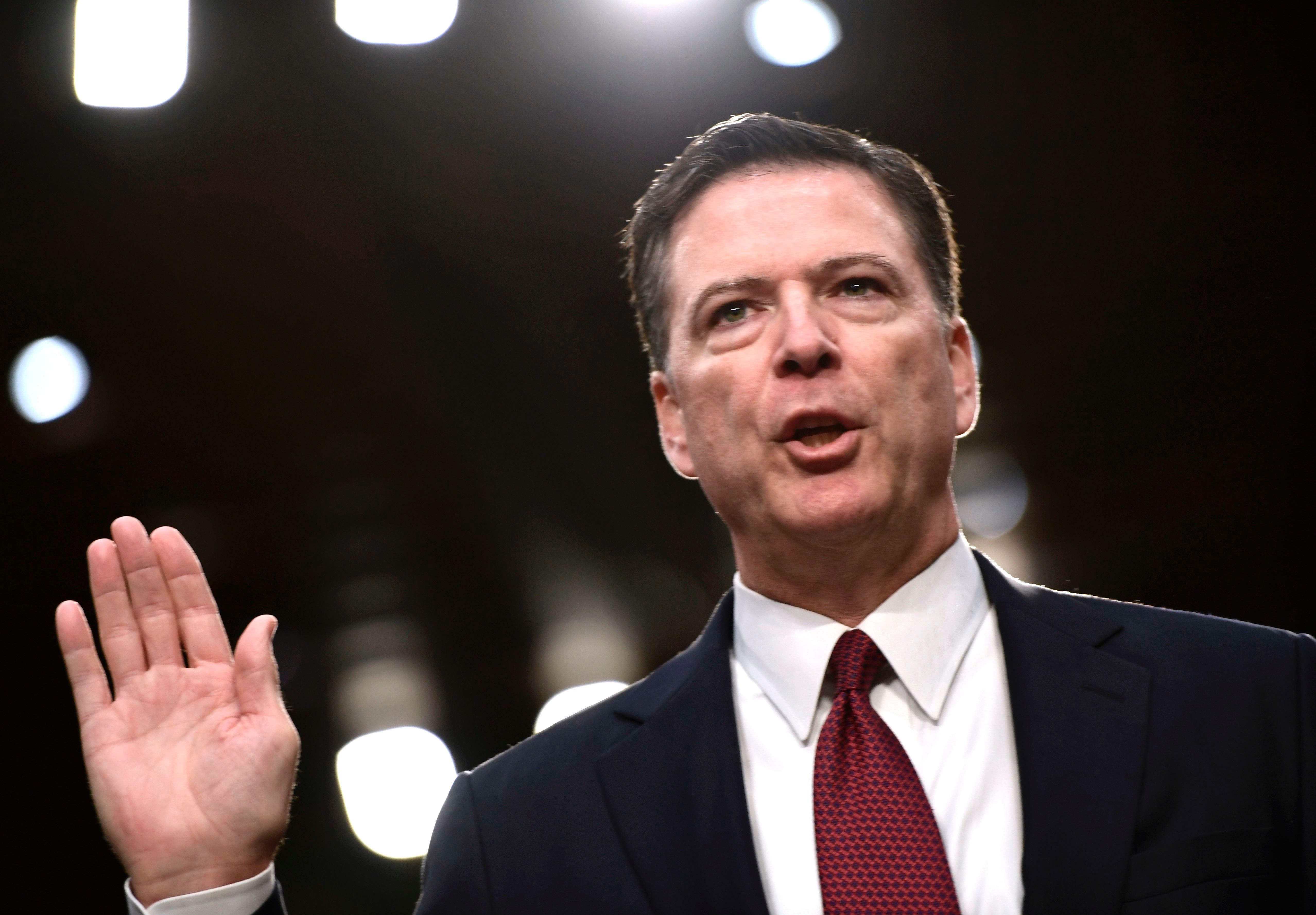 Las declaraciones del exdirector del FBI James Comey contra  Donald Trump
