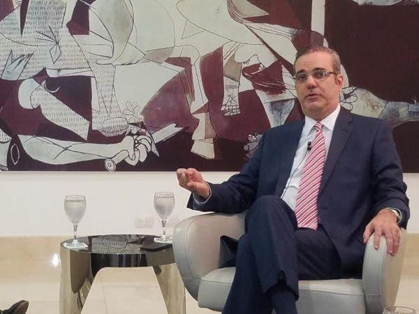 Luis Abinader fue entrevistado este miércoles en el almuerzo del Grupo Corripio.
