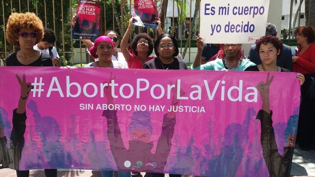 Alianza Cristiana demanda a diputados incluir en Código Penal despenalización del aborto en tres causales