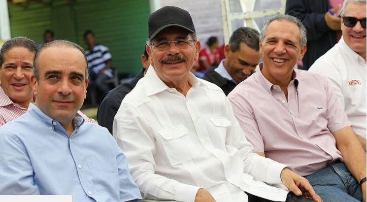 Danilo Medina aprueba financiamiento a productores de María Trinidad Sánchez