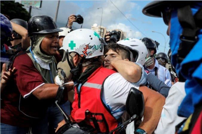 Muere por disparo un joven durante manifestación opositora en Caracas
