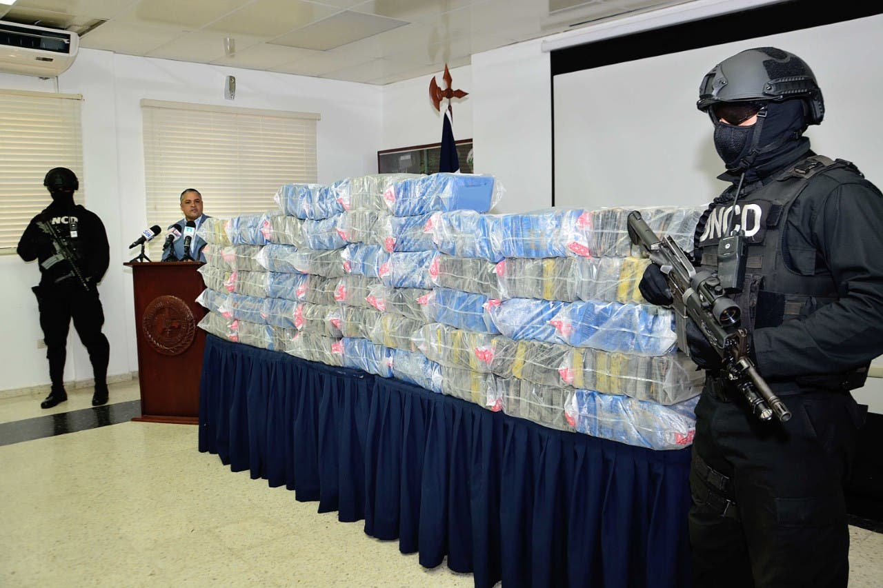 DNCD decomisa 578 paquetes de droga en Santo Domingo Oeste