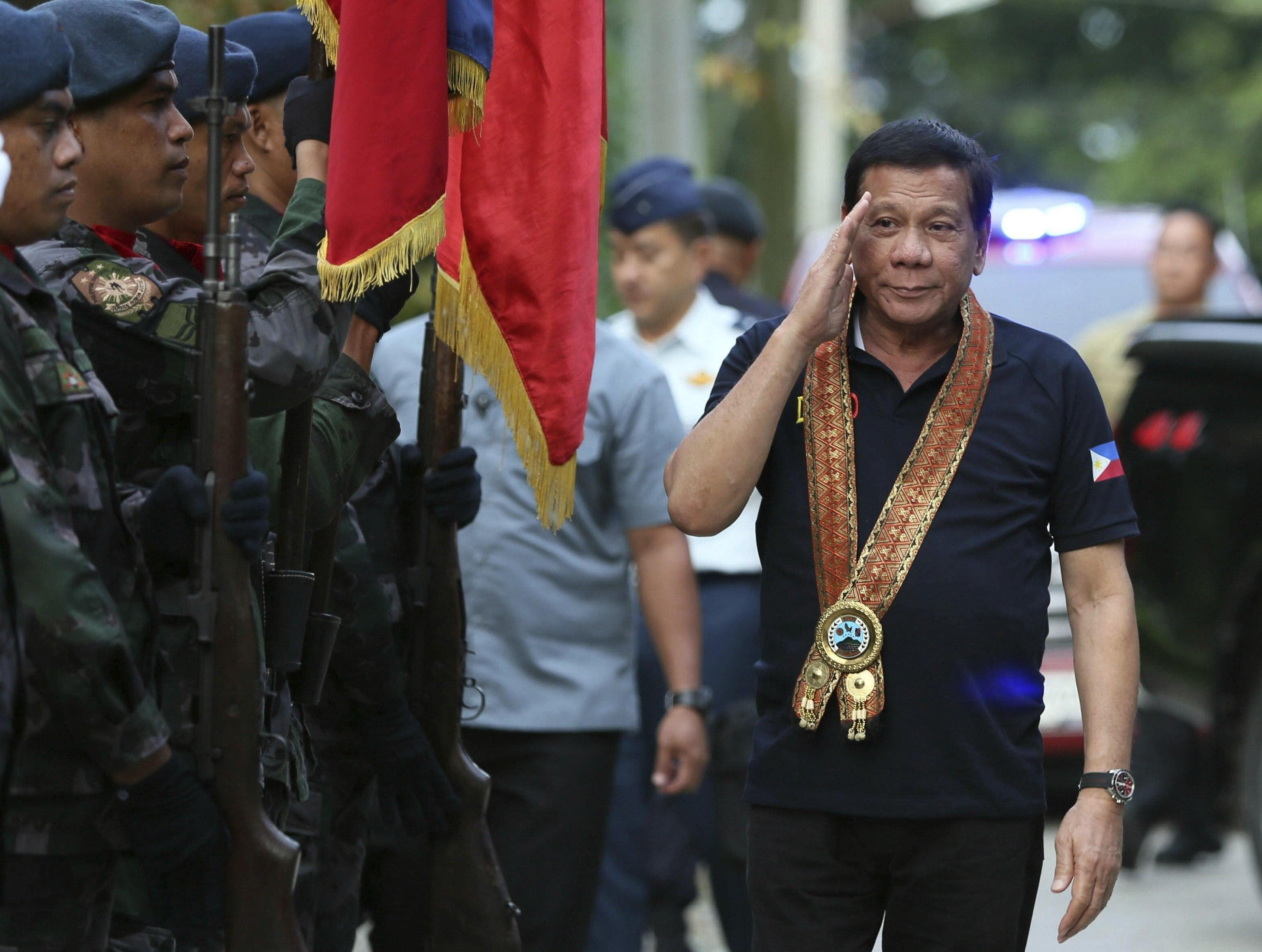 Video: El polémico presidente filipino cumple hoy un año en el cargo con una alta aprobación