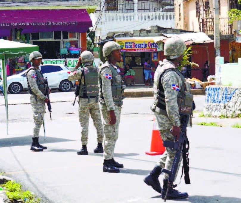 El operativo de seguridad inició desde la mañana del lunes.