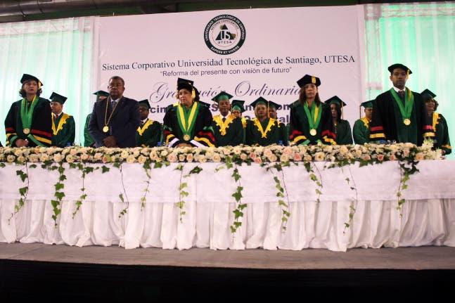 Sistema Corporativo UTESA alcanza los 100,000 egresados en diferentes áreas del saber