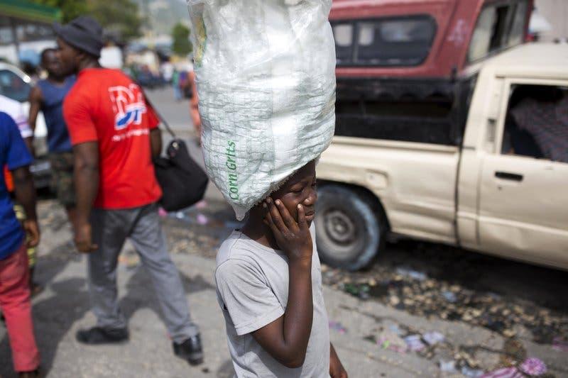 Haití: Activistas temen un aumento de los niños que trabajan como sirvientes