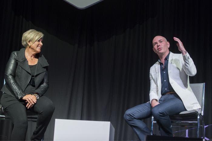 Pitbull motiva a jóvenes emprendedores de la tecnología en eMerge Américas