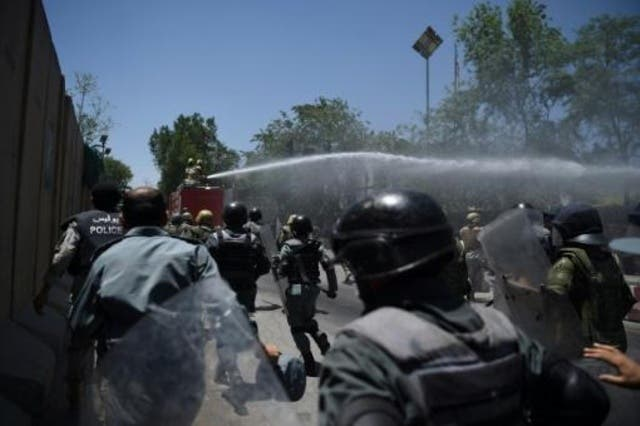 Tres explosiones en funeral dejan 6 muertos y 87 heridos en Kabul