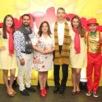 Elisa Villalobos, Roberto Caraballo, Carolina Pantaleón, Luis Fernando Enciso, Laura Rodríguez y Alexis Jiménez.
